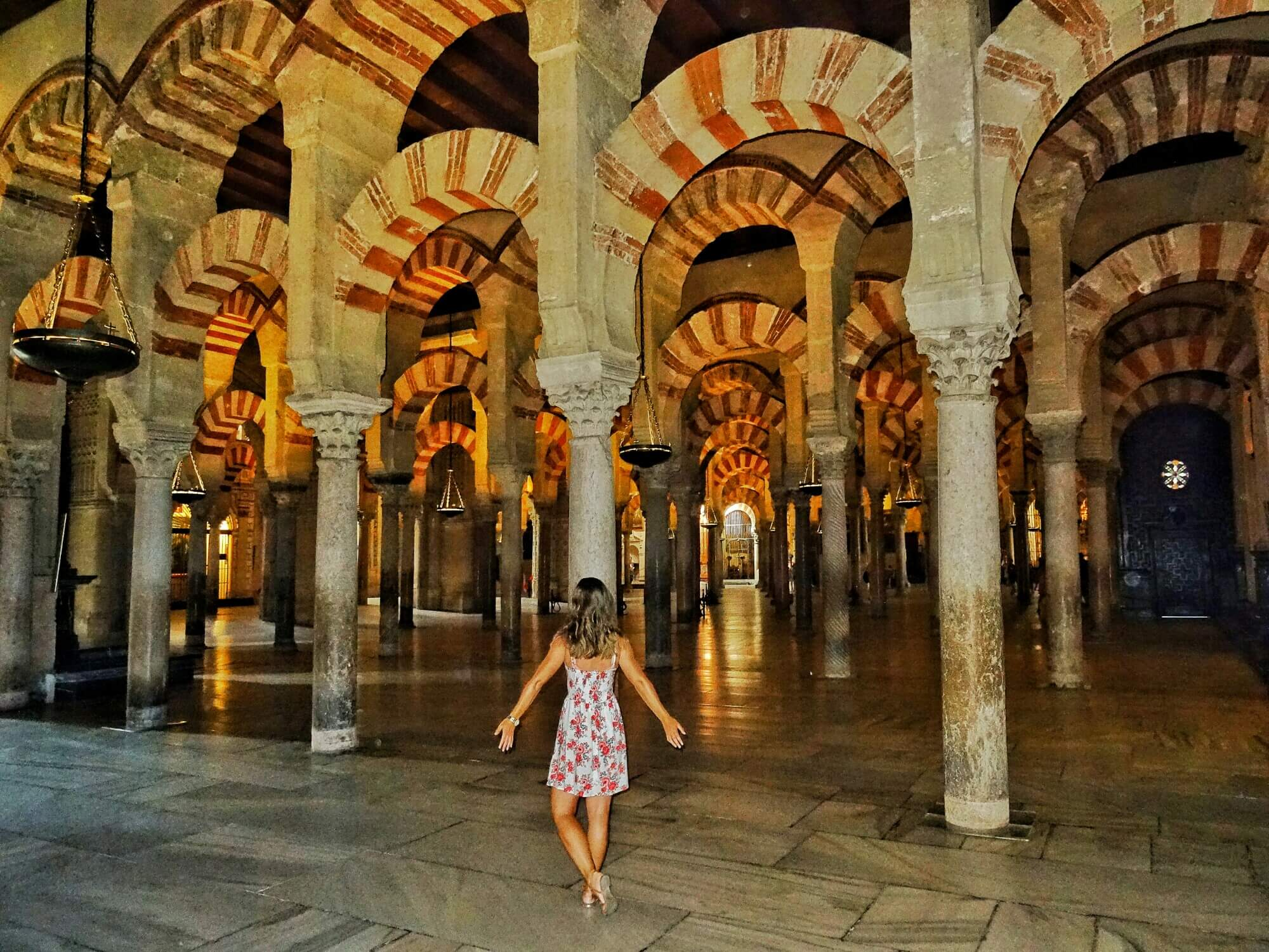 The mezquita in cordoba photos that will make you obsessed for Interior mezquita de cordoba