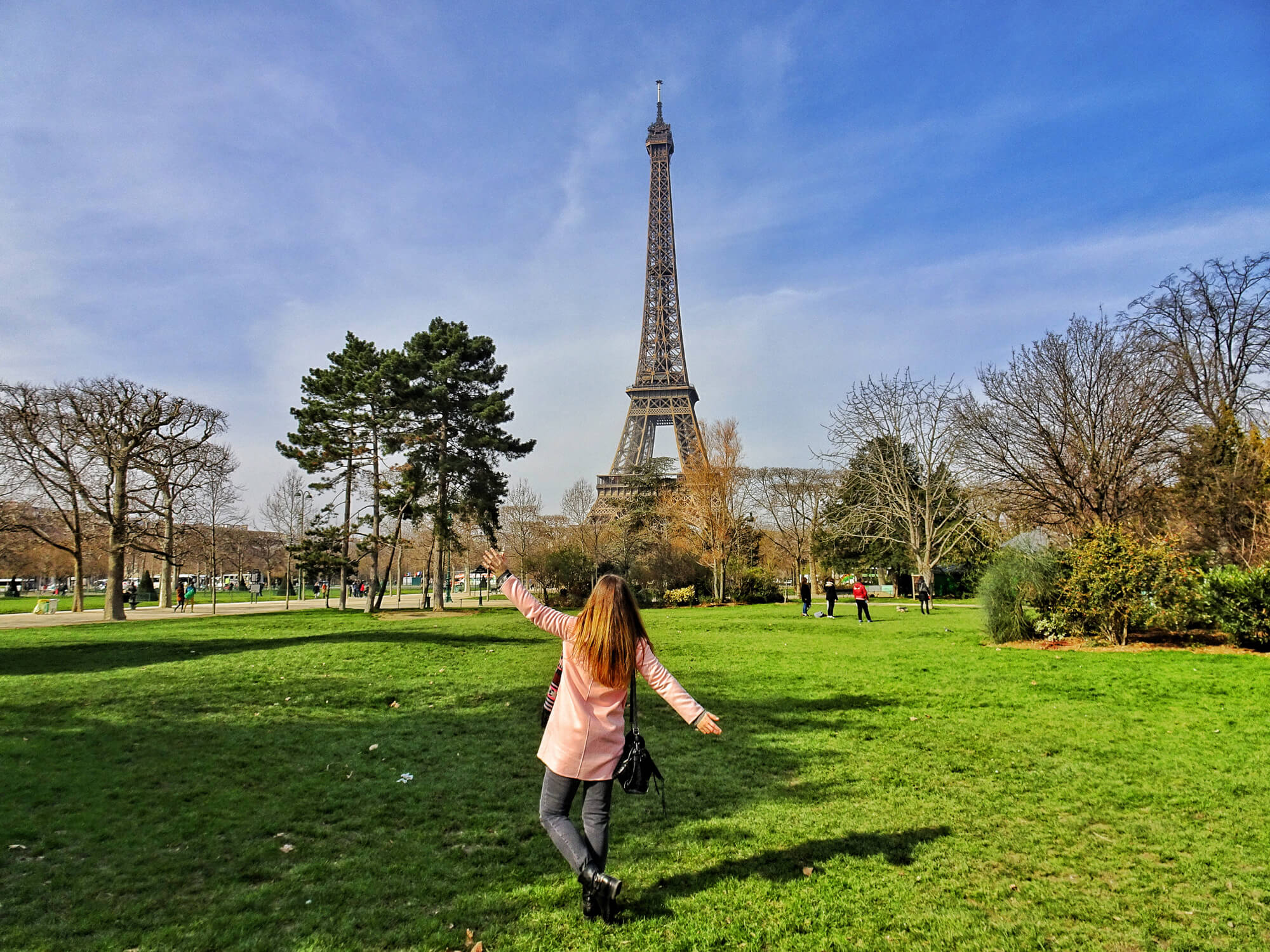 How To Take Travel Photos Without People In Them World
